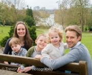 River_Thames_family_photography_Richmond_Surrey_London