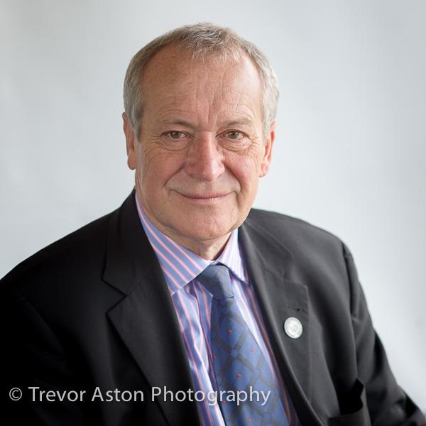 LinkedIn profile photo Teddington Richmond Kingston Surrey-8982