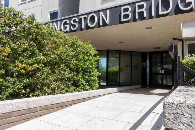 Kingston-Bridge-House-Hampton-Wick-06275